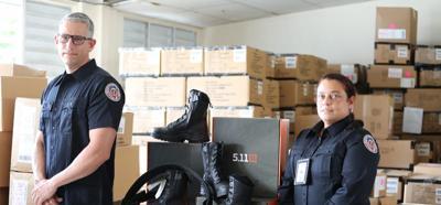 El Departamento de Corrección invierte casi un millón de dólares en uniformes para oficiales correccionales